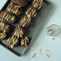 Dark Chocolate Swirled Vegan Banana Bread Muffins with Peanut Butter Glaze