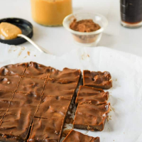 3-Ingredient Peanut Butter Vegan Chocolate Fudge