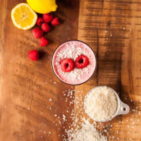 Creamy Raspberry Coconut Smoothie