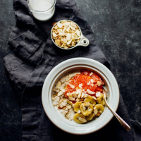 Coconut Milk Breakfast Quinoa with Caramelized Bananas and Grapefruit