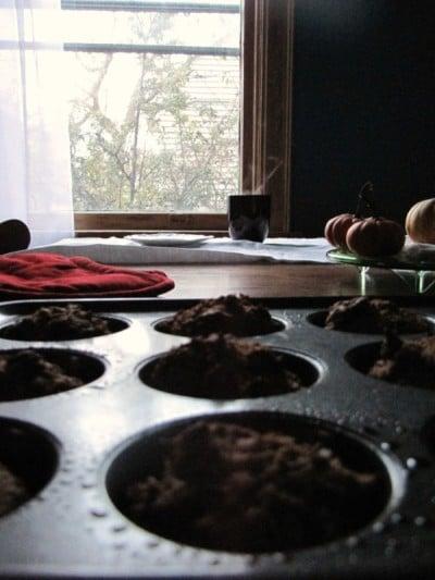 Dark Chocolate Vegan Pumpkin Muffins