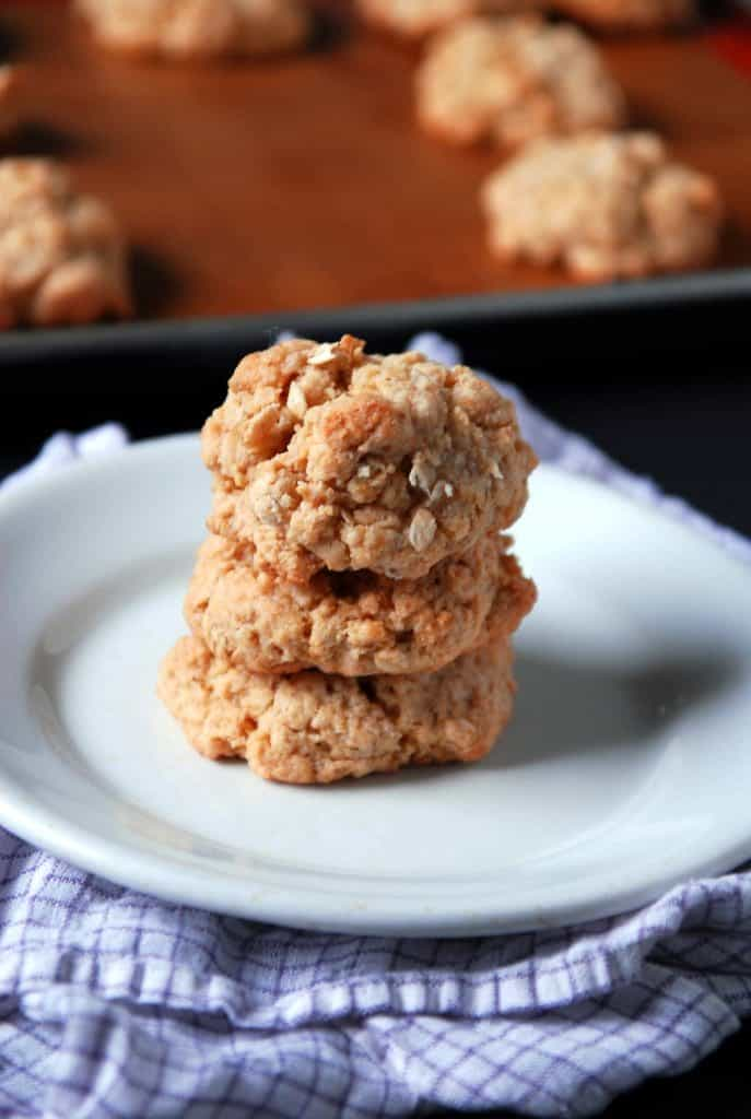 Crispy Peanut Butter Vegan Oatmeal Cookies | Heart of a Baker