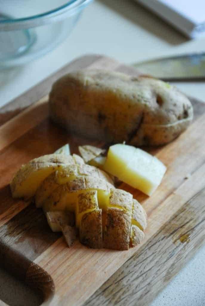 Easy Cheesy Breakfast Potatoes/ heartofabaker.com