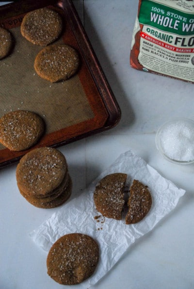 Crispy Vegan Gingerbread Cookies.// heartofabaker.com