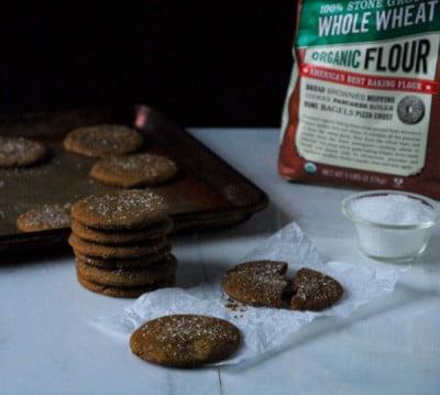 Crispy Vegan Gingerbread Cookies