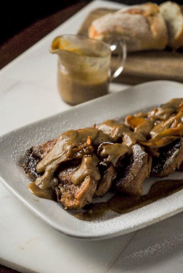 Caramel Apple Stuffed French Toast//heartofabaker.com