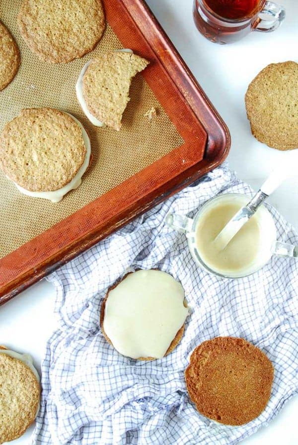 Vegan Maple Creme Sandwich Cookies