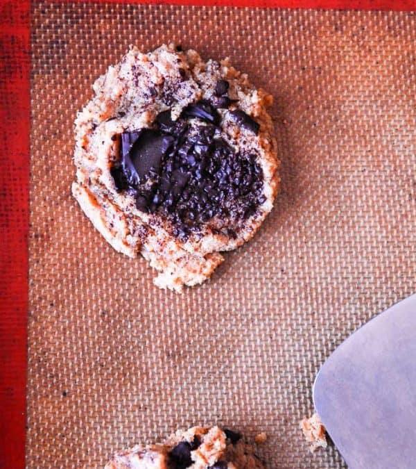 Vegan Peanut Butter Chocolate Chunk Cookies