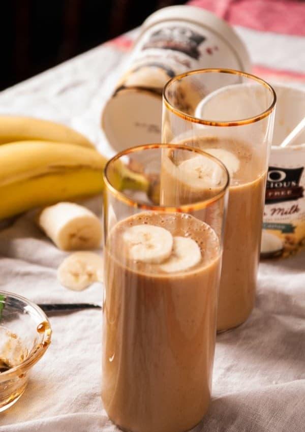 Caramelized Banana and Peanut Butter Milkshake //heartofabaker.com