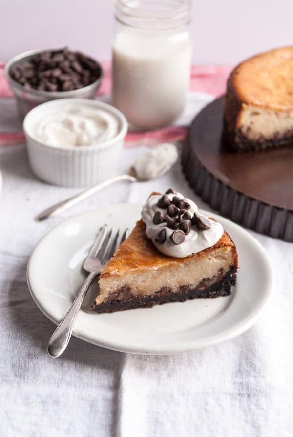 Chocolate Chip Vegan Cheesecake with Chocolate Cookie Crust