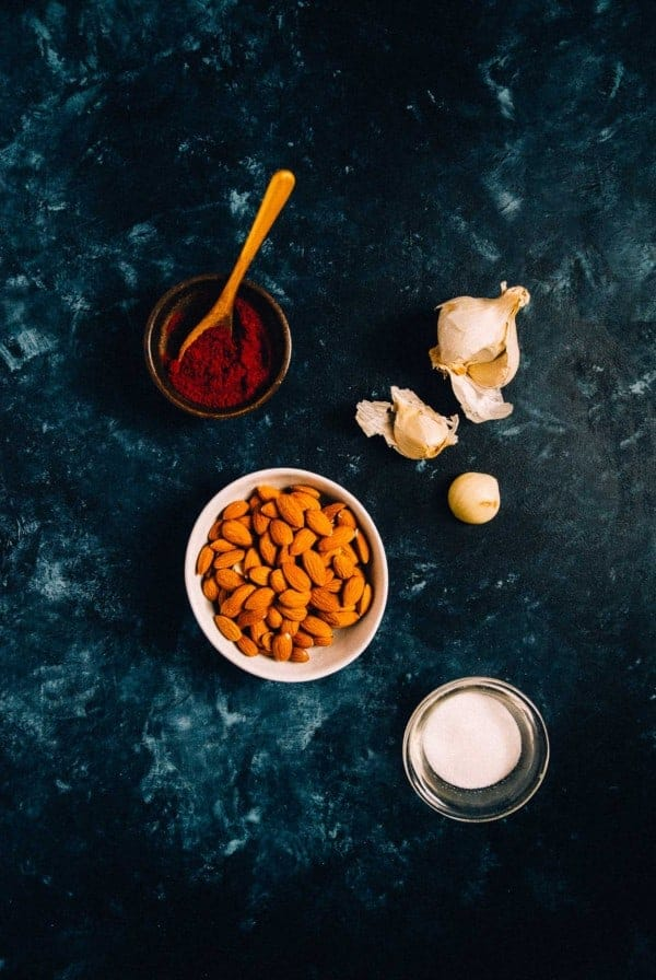 Smoked Paprika and Garlic Roasted Almonds-A savory and quick happy hour snack, garlic roasted almonds that are perfect for snacking!