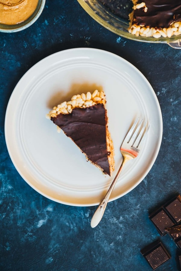 Peanut Butter Chocolate Pie with Rice Krispies Crust - A sweet and crunchy twist on a classic peanut butter chocolate combo!