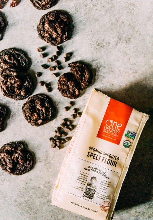 Perfectly chewy vegan chocolate cherry cookies, chock full of spelt flour, dried cherries, and chocolate!