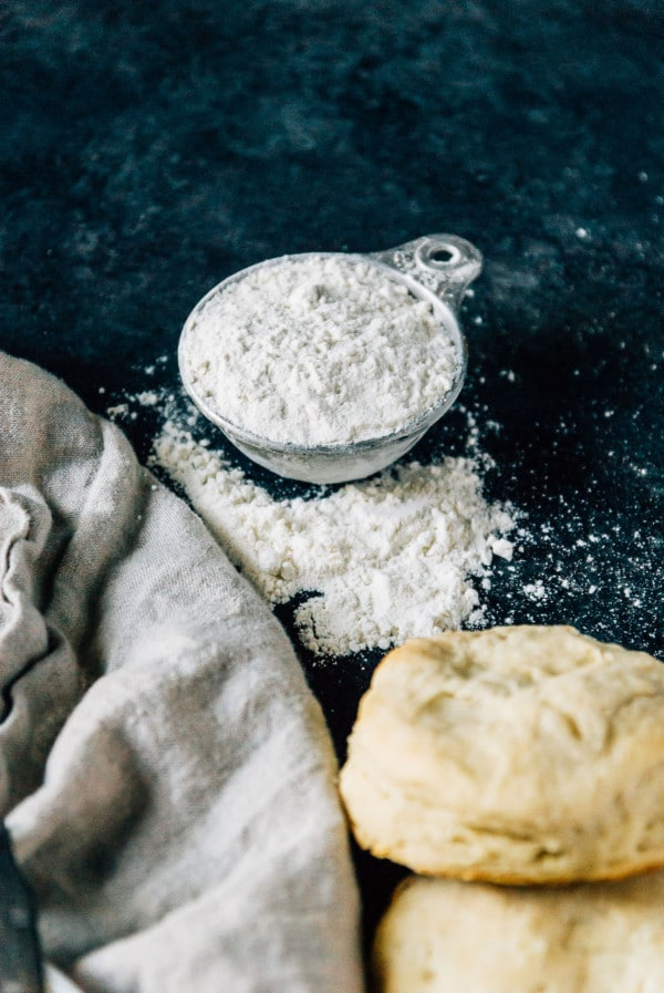 Vegan yeast biscuits are a fast and easy way to get to perfect biscuits in no time!