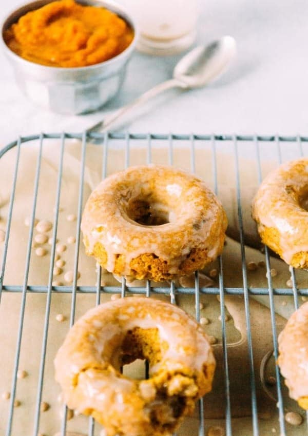 Vegan Pumpkin Doughnuts with Cinnamon Maple Glaze
