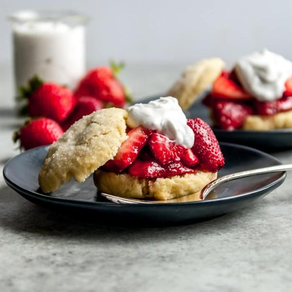 The BEST Vegan Strawberry Shortcakes